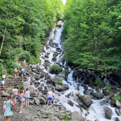 Молочный водопад в Абхазии